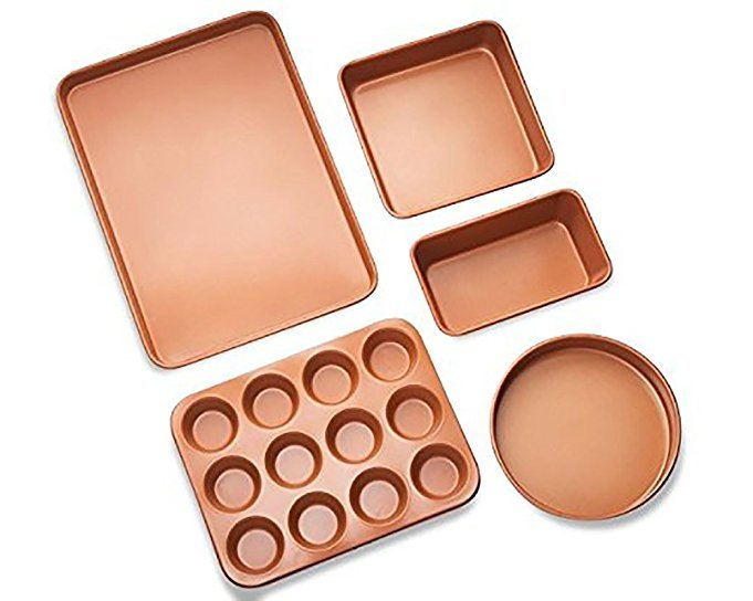 Normally $80, this 5-piece copper bakeware set is 25 percent off today (Photo via Amazon)