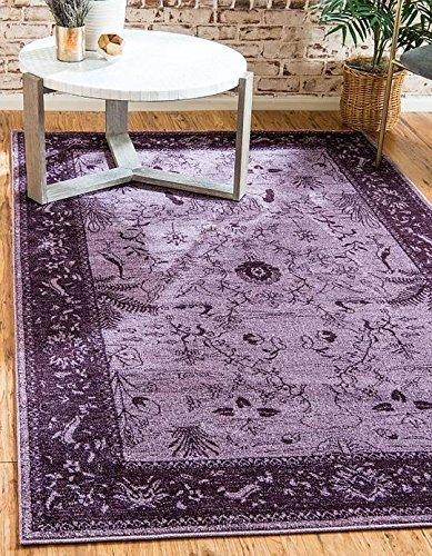 Normally $146, this area rug is 55 percent off today (Photo via Amazon)