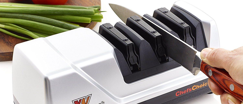 Chef'sChoice Trizor XV Knife Sharpener (Photo via Amazon)