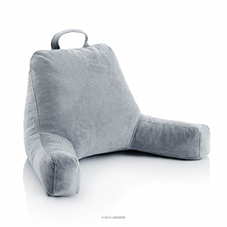 Normally $80, this reading pillow is 60 percent off today (Photo via Amazon)