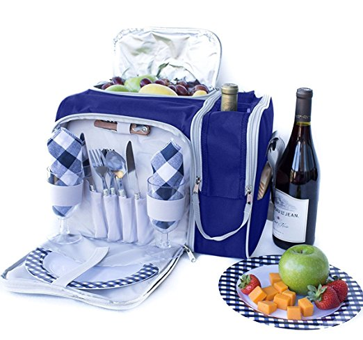 Normally $98, this picnic bag set is 71 percent off (Photo via Amazon)