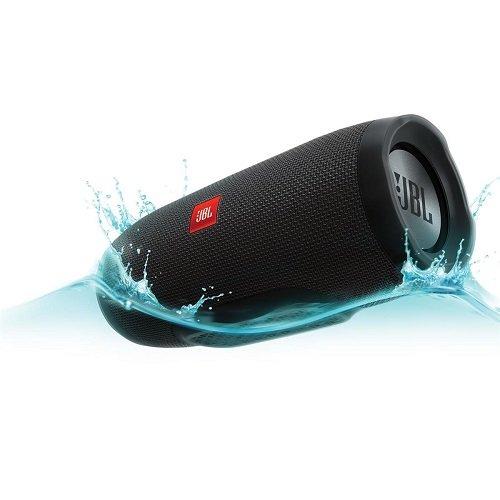 JBL Charge 3 (Photo via Amazon)