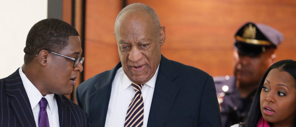 NORRISTOWN, PA - JUNE 5: Actor Bill Cosby (C) arrives with actress Keshia Knight Pulliam (R) and spokesman Andrew Wyatt for Cosby's trial on sexual assault charges at the Montgomery County Courthouse on June 5, 2017 in Norristown, Pennsylvania. Pennsylvania. A former Temple University employee alleges that the entertainer drugged and molested her in 2004 at his home in suburban Philadelphia. More than 40 women have accused the 79 year old entertainer of sexual assault. (Photo by David Maialetti-Pool/Getty Images)