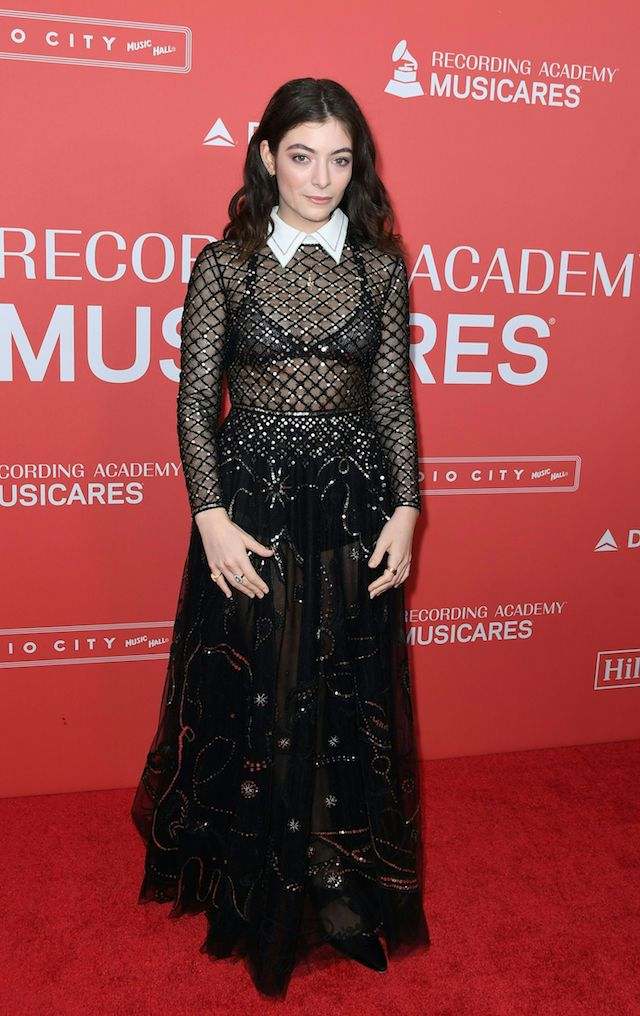 Lorde arrives for the 2018 MusiCares Person Of The Year gala at Radio City Music Hall in New York on January 26, 2018. The 2018 MusiCares Person of the Year award will honor Fleetwood Mac at the 28th annual MusiCares Gala Tribute dinner and concert ahead of Sunday's 60th GRAMMY Awards, marking the first time the benefit has honored a band. / AFP PHOTO / ANGELA WEISS (Photo credit should read ANGELA WEISS/AFP/Getty Images)