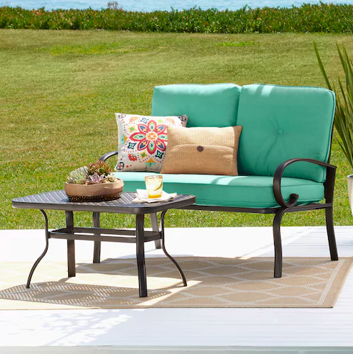 Normally $400, this patio set is a total of 68 percent off with this code (Photo via Kohl's)