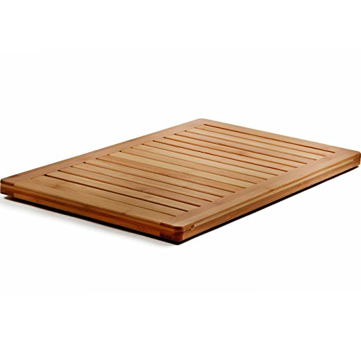 Normally $60, this bamboo mat is 50 percent off today (Photo via Amazon)