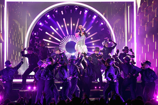 LAS VEGAS, NV - MAY 20: Recording artist Jennifer Lopez performs onstage during the 2018 Billboard Music Awards at MGM Grand Garden Arena on May 20, 2018 in Las Vegas, Nevada. (Photo by Ethan Miller/Getty Images)