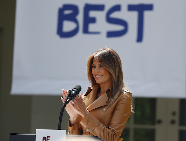 """U.S. first lady Melania Trump delivers remarks at the """"launch of her Be Best initiatives in the Rose Garden of the White House in Washington, U.S., May 7, 2018. REUTERS/Kevin Lamarque - HP1EE571HZZPL"""