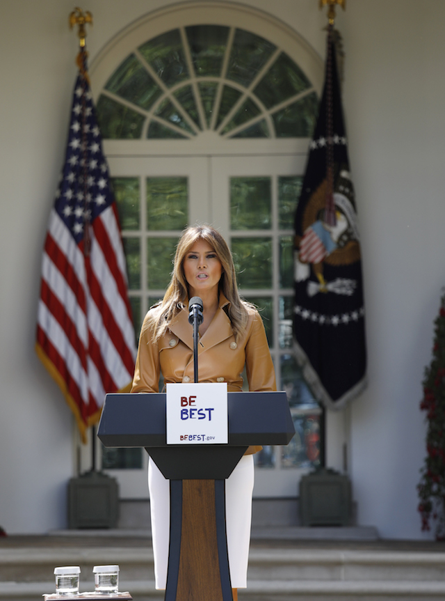 """U.S. first lady Melania Trump delivers remarks at the """"launch of her initiatives"""" as first lady in the Rose Garden of the White House in Washington, U.S., May 7, 2018. REUTERS/Kevin Lamarque - HP1EE571HEHP1"""