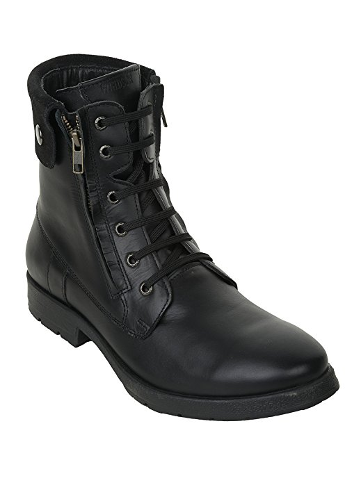 Normally $67, these boots are 25 percent off today (Photo via Amazon)