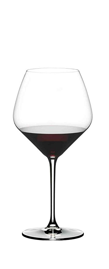Normally $60, this set of 2 pinot noir wine glasses is 25 percent off today (Photo via Amazon)