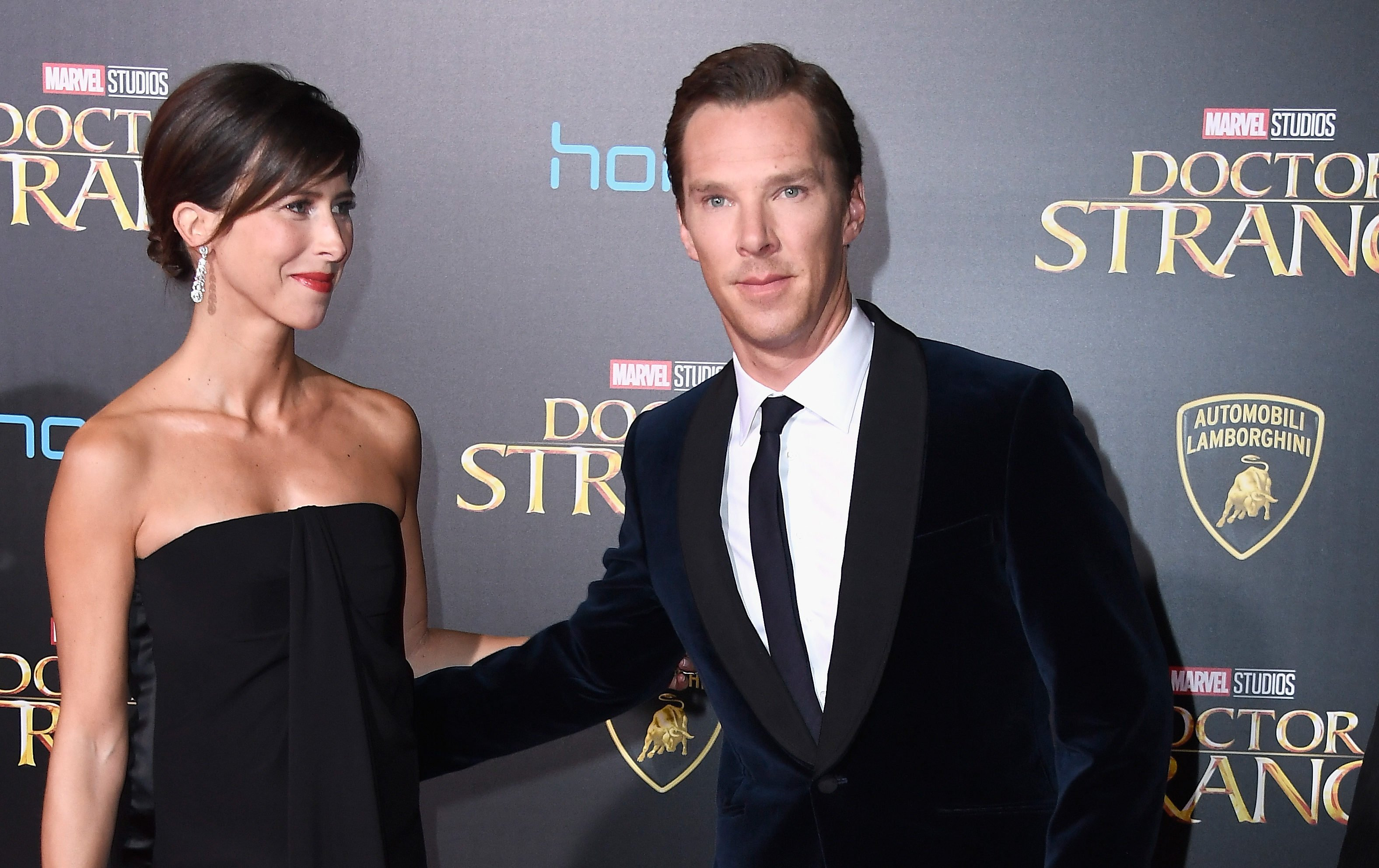 """Actor Benedict Cumberbatch and wife Sophie Hunter at premiere of """"Doctor Strange."""" (Frazer Harrison/Getty Images)"""