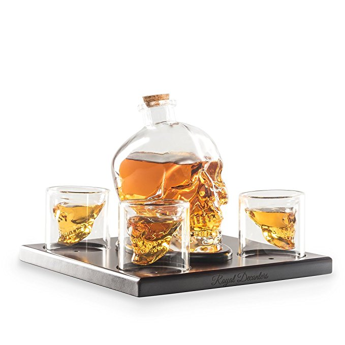 Normally $60, this decanter set is 30 percent off today (Photo via Amazon)