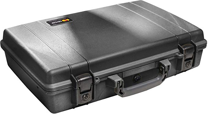 Normally $160, this laptop case is 30 percent off today (Photo via Amazon)