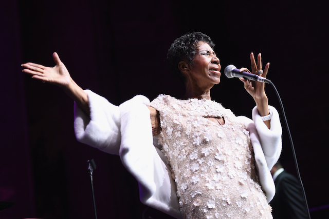 Aretha Franklin performs onstage at the Elton John AIDS Foundation Commemorates Its 25th Year And Honors Founder Sir Elton John During New York Fall Gala at Cathedral of St. John the Divine on November 7, 2017 in New York City. (Photo by Dimitrios Kambouris/Getty Images)