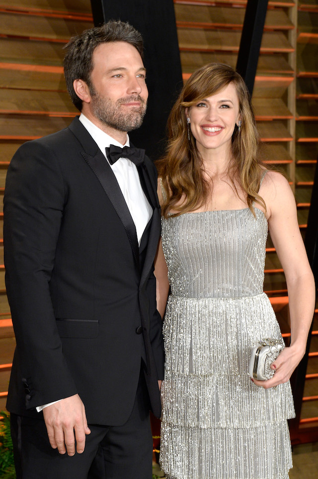Actors Ben Affleck (L) and Jennifer Garner attend the 2014 Vanity Fair Oscar Party hosted by Graydon Carter on March 2, 2014 in West Hollywood, California. (Photo by Pascal Le Segretain/Getty Images)